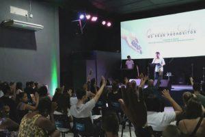 Veja mais sobre a Igreja palavra Viva Canasvieiras