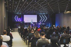 Veja mais sobre a Igreja palavra Viva Colombo